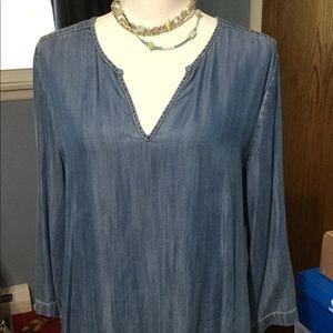 EUC worn once Karen Kane tencel top